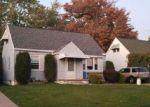 Foreclosed Home en CANTERBURY LN, Buffalo, NY - 14217