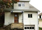 Foreclosed Home en PANCOAST ST, Dickson City, PA - 18519