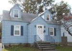 Foreclosed Home en PEACE ST, Stratford, CT - 06615
