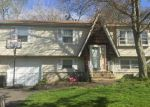Foreclosed Home en ORNE ST, West Haven, CT - 06516