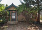Foreclosed Home en W AUGUSTA AVE, Spokane, WA - 99205