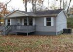 Foreclosed Home en LAFAYETTE ST, Oneida, TN - 37841