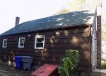 Foreclosed Home en QUAKER LN, Enfield, CT - 06082