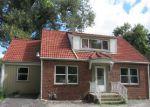Foreclosed Home en GLADSTONE BLVD, Kansas City, MO - 64123