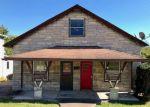 Foreclosed Home en CHURCH ST, Vine Grove, KY - 40175