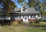 Foreclosed Home en N 2ND ST, Vandalia, IL - 62471
