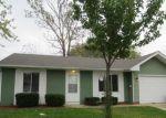Foreclosed Home en WINDSOR LN, Joliet, IL - 60431