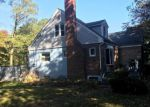 Foreclosed Home en 1ST AVE, Atlantic Highlands, NJ - 07716