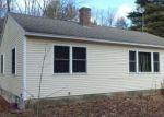 Foreclosed Home en CLEMENT HILL RD, Hillsborough, NH - 03244