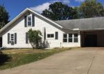 Foreclosed Home en 7TH ST, Ripley, WV - 25271