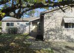 Foreclosed Home en BURDETT WAY, Sacramento, CA - 95823