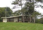 Foreclosed Home en WAVERLY CT, Davenport, IA - 52804