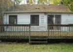 Foreclosed Home en RAWSON BRIDGE RD, Cary, IL - 60013