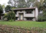 Foreclosed Home en HILLTOP DR, Wonder Lake, IL - 60097