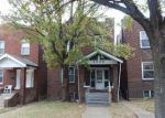 Foreclosed Home en CALIFORNIA AVE, Saint Louis, MO - 63111