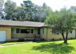 Foreclosed Home en N STEELE AVE, Picayune, MS - 39466