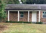 Foreclosed Home en PINEY WOODS AVE, Memphis, TN - 38118