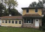 Foreclosed Home en DELPS RD, Danielsville, PA - 18038