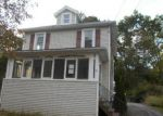 Foreclosed Home en WINTERGREEN AVE, Newburgh, NY - 12550