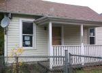 Foreclosed Home en SE MAIN ST, Roseburg, OR - 97470