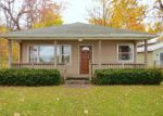Foreclosed Home en LAKE SHORE DR, Niles, MI - 49120