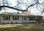 Foreclosed Home en SHAMROCK DR, Niles, MI - 49120