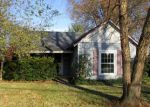 Foreclosed Home en GOODRIDGE DR, Florence, KY - 41042