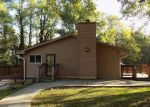 Foreclosed Home en S LYNHURST DR, Indianapolis, IN - 46241