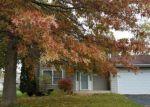 Foreclosed Home en PEMBROKE RD SW, Poplar Grove, IL - 61065