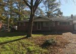 Foreclosed Home en CHEROKEE TRL, Ringgold, GA - 30736