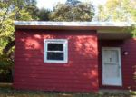 Foreclosed Home en PECK RD, Middletown, CT - 06457
