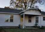 Foreclosed Home en SULPHUR SPRINGS RD, Pine Bluff, AR - 71603