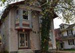 Foreclosed Home en ELMHURST AVE, Cherry Hill, NJ - 08034