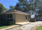 Foreclosed Home en E 158TH PL, South Holland, IL - 60473