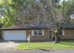 Foreclosed Home en OLLIE ST, Alton, IL - 62002