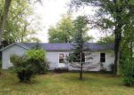 Foreclosed Home en LL RD, Waterloo, IL - 62298