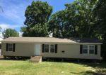 Foreclosed Home en BOND AVE, East Saint Louis, IL - 62207