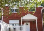 Foreclosed Home en CLOVIS AVE, Capitol Heights, MD - 20743