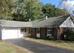 Foreclosed Home en MONTCLAIR LN, Willingboro, NJ - 08046