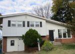 Foreclosed Home en N VALLEYBROOK RD, Cherry Hill, NJ - 08034