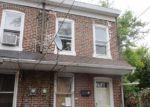 Foreclosed Home en CUMMINGS PL, Trenton, NJ - 08611