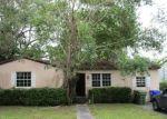 Foreclosed Home en NE 3RD CT, Miami, FL - 33138