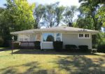 Foreclosed Home en W TAYLOR ST, Dekalb, IL - 60115