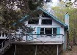 Foreclosed Home en CHERRYWOOD DR, Newfoundland, PA - 18445