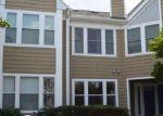 Foreclosed Home en STONY CREEK LN, Ellicott City, MD - 21043