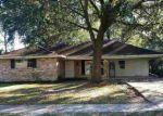 Foreclosed Home en GLORIA DR, Baton Rouge, LA - 70819