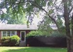 Foreclosed Home en DAHLIA AVE, Williamstown, NJ - 08094