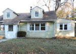 Foreclosed Home en RUSHMORE AVE, Piscataway, NJ - 08854