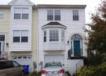 Foreclosed Home en COLLINSWORTH PL, Frederick, MD - 21703