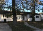 Foreclosed Home en HOLLY AVE, Keansburg, NJ - 07734